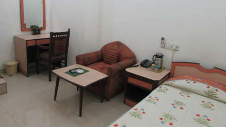 Hotel Swagath, Hazra Road, Kolkata Kolkata Economy AC Room Hotel Swagath Kolkata