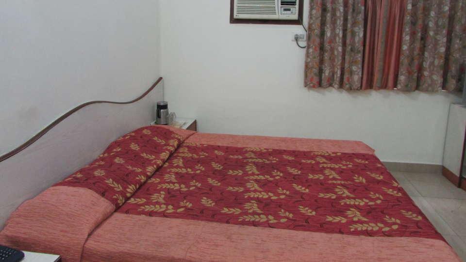 Hotel Swagath, Hazra Road, Kolkata Kolkata Executive AC Room Hotel Swagath Kolkata 4