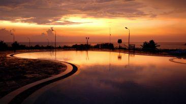 Swimming Pool Kohinoor Samudra Ratnagiri 2