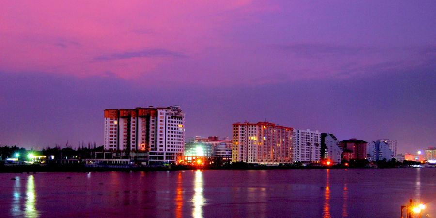 alt-text Marine Drive Kochi Ernakulam Kerala