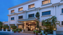 Facade at La Place Sarovar Portico Lucknow, best hotels in lucknow 1