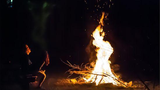Bonfire at Leisure Hotels 7 Pines Kausali