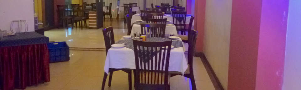 Restaurant at Kohinoor Square Kolhapur 1 2