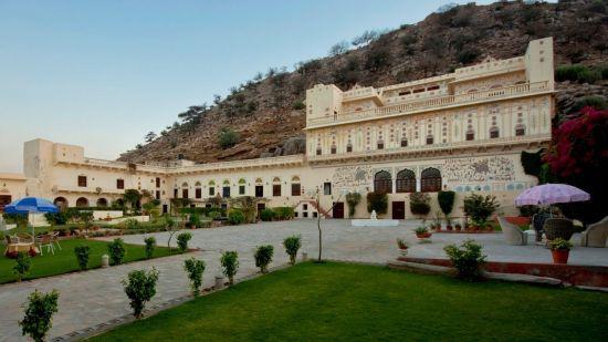 Facade of Bara Bungalow Kalwar, Jaipur, Best Villa in Jaipur