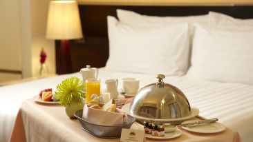 hotel-room-service