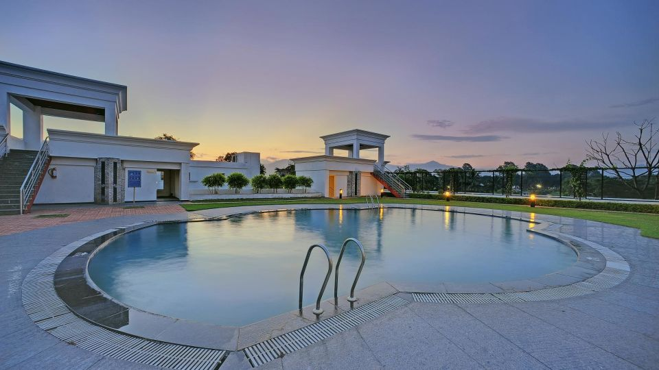 Swimming Pool at Hotel Royal Sarovar Portico Siliguri, Hotels in Silguri