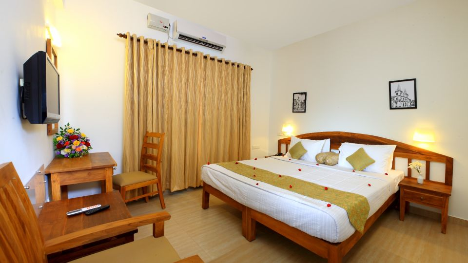 Hotels in Fort Kochi, Hotels Near Fort Kochi Beach, Budget Hotels in Fort Kochi, Bed and Breakfast Hotels in Cochin, Fort Cochin Hotels, Hotels Near Chinese Fishing Nets 24