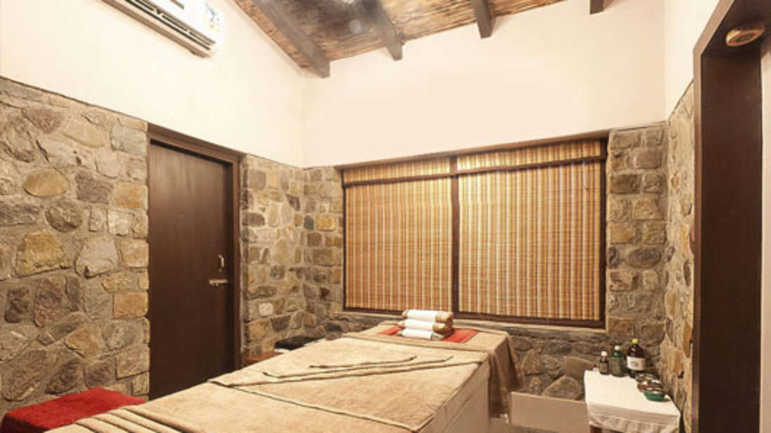 Spa at Premium Suite at Corbett Wild Iris Spa Resort