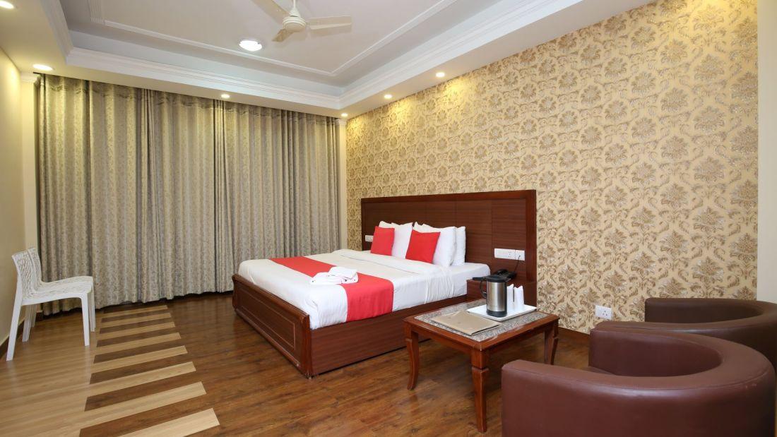 luxury room 23