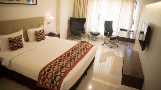 Deluxe Room Double Bedding 2