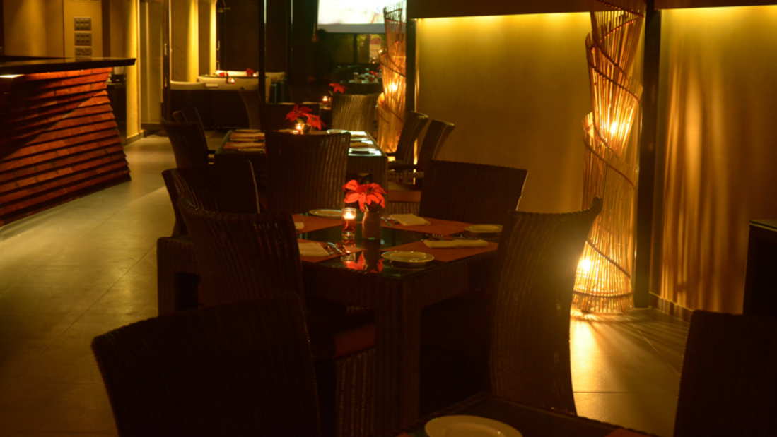 Hotel Z Luxury Residences, Juhu, Mumbai  Mumbai Jal Restaurant Hotel Z Luxury Residences Juhu Mumbai 2