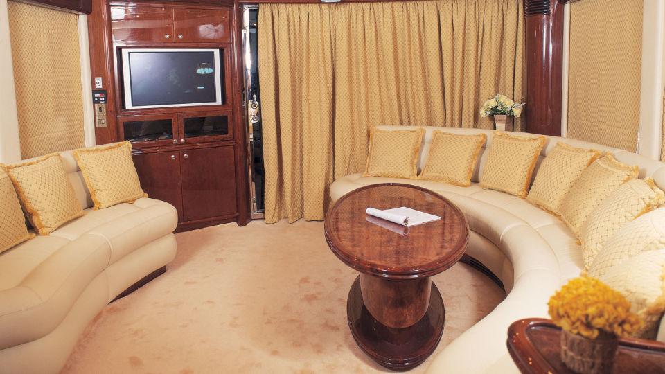 Saloon1 Foxy Lady Goa Hotel Foxy Lady Goa Hotel in Yacht in Goa