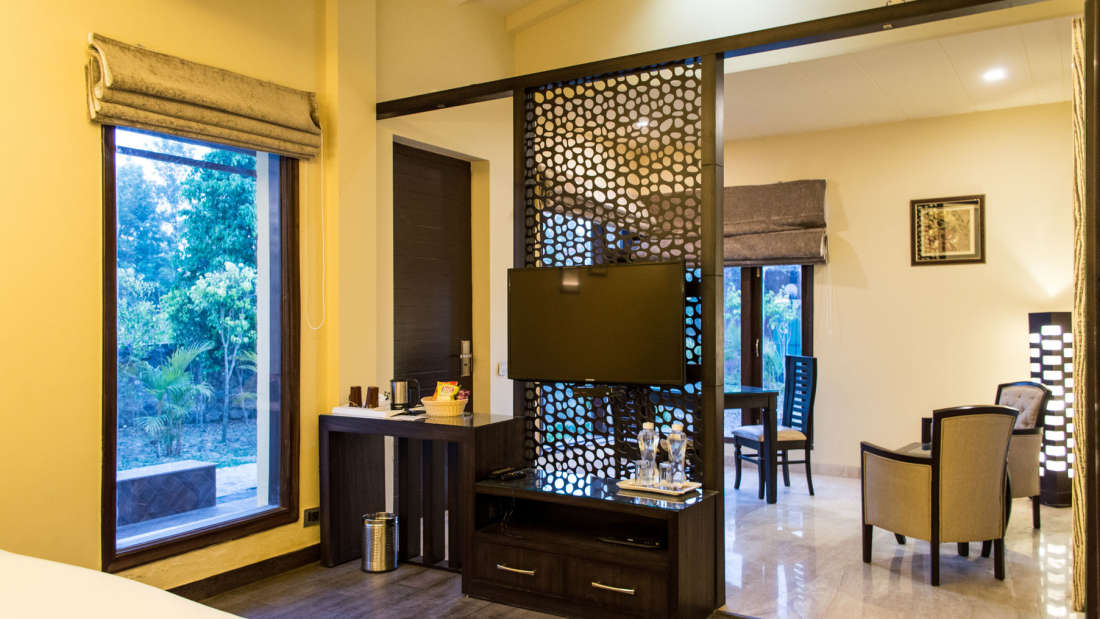Tiger suite - Corbett Wild Iris Spa Resort Ramnagar 2