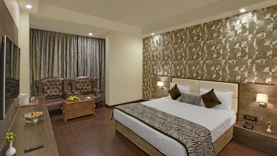 alt-text Deluxe Rooms, best place to stay in ranthambore 2