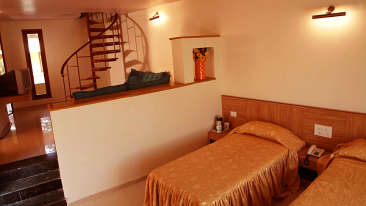 Suite at Hotel Sarovar Portico Lonavala 1
