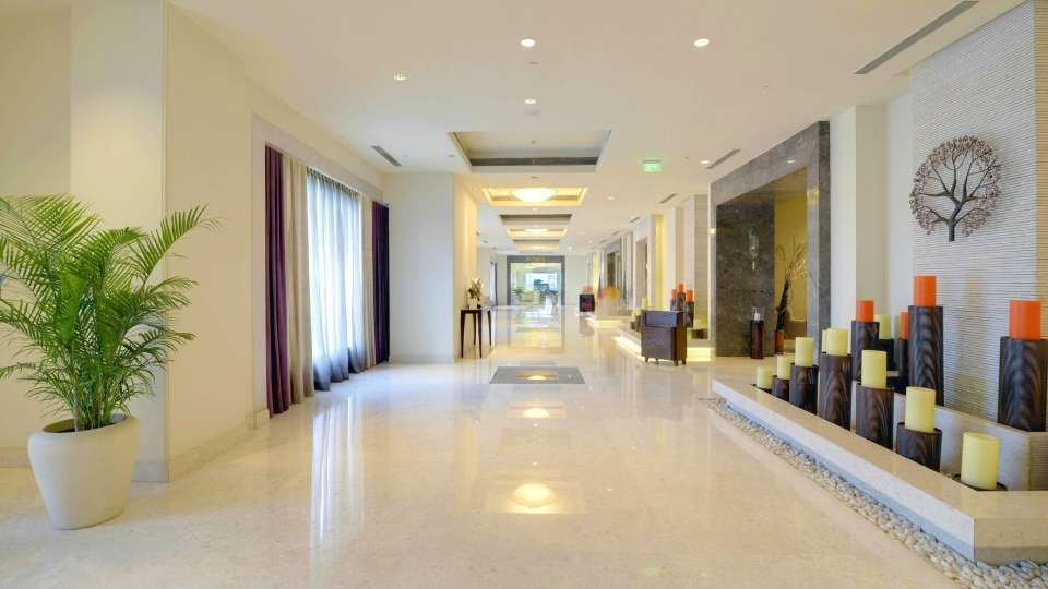 Lobby at Radisson Blu - Bengaluru Outer Ring Road 3