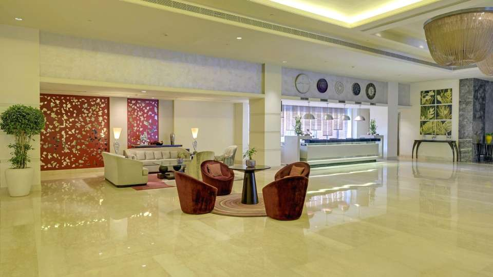 Lobby at Radisson Blu - Bengaluru Outer Ring Road 4