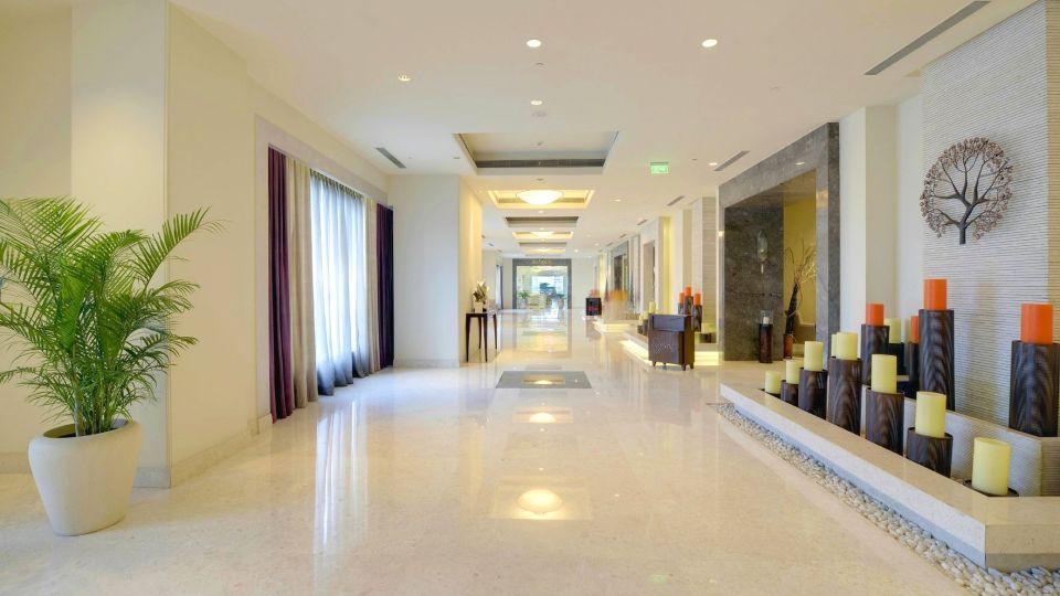 Lobby at Radisson Blu - Bengaluru Outer Ring Road 3