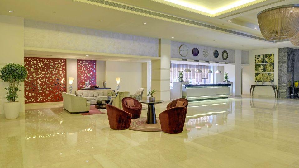 Lobby at Radisson Blu - Bengaluru Outer Ring Road 4