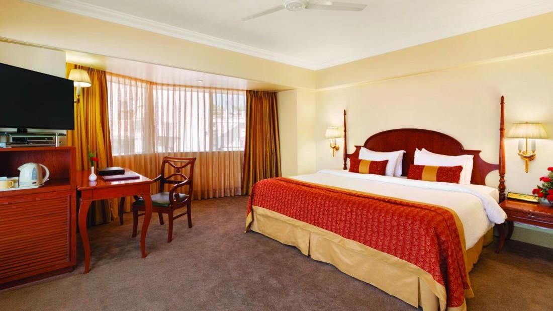 Ramada Plaza Palm Grove, Juhu Beach, Mumbai Mumbai hotel ramada plaza palm grove juhu beach mumbai - Accommodation - Executive - 3
