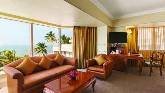 Executive Salon at Hotel Ramada Plaza Palm Grove Juhu Beach Mumbai, 5 Star Hotel rooms in Juhu Mumbai