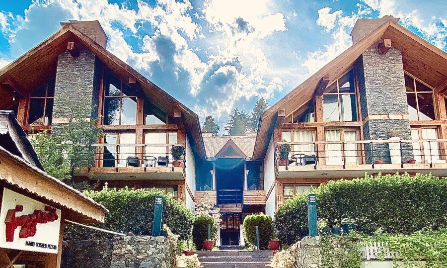alt-text renest manali resort cottage view