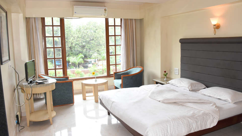 Deluxe Rooms at Kohinoor Highway - Dapoli Maharashtra 5
