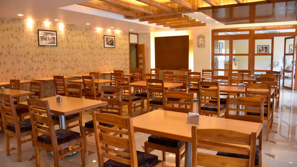 Restaurant at Kohinoor Highway - Dapoli Maharashtra 2
