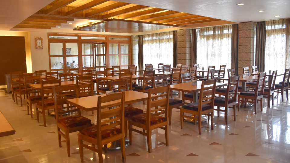 Restaurant at Kohinoor Highway - Dapoli Maharashtra 3