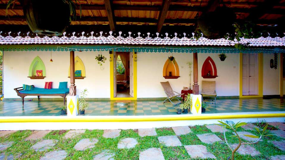 Arco Iris - 19th C, Curtorim Goa The spacious mail Courtyard at Arco Iris Arco Iris - 19th C Curtorim Goa