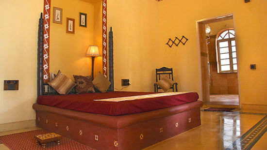 Arco Iris - 19th C, Curtorim Goa The Yellow Room Arco Iris - 19th C Curtorim Goa