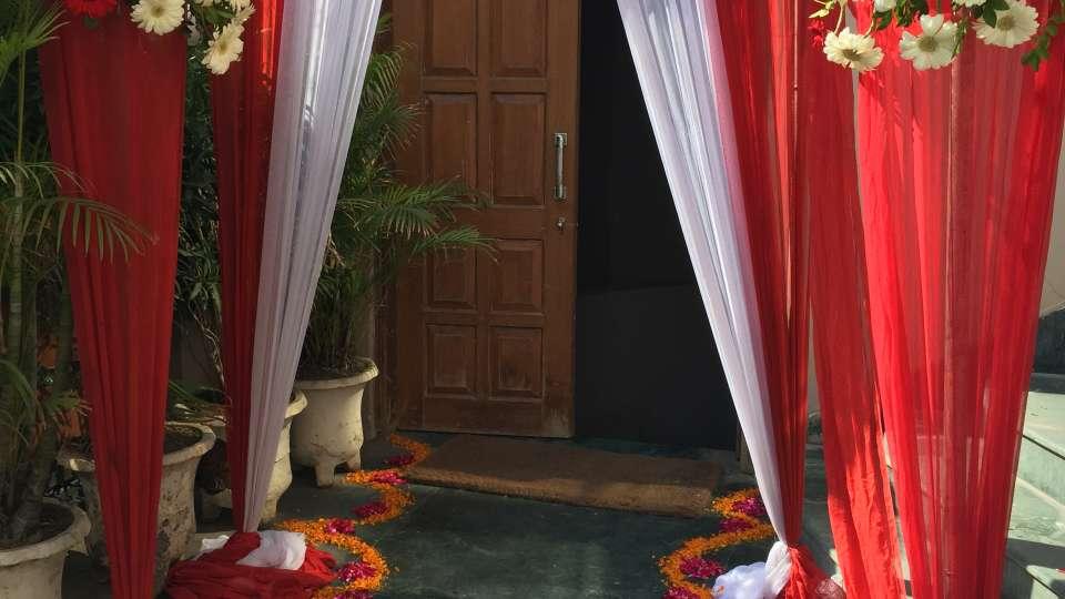 Hotel Kashish Residency, Noida New Delhi And NCR banquet hall decorated Hotel Kashish Residency Noida