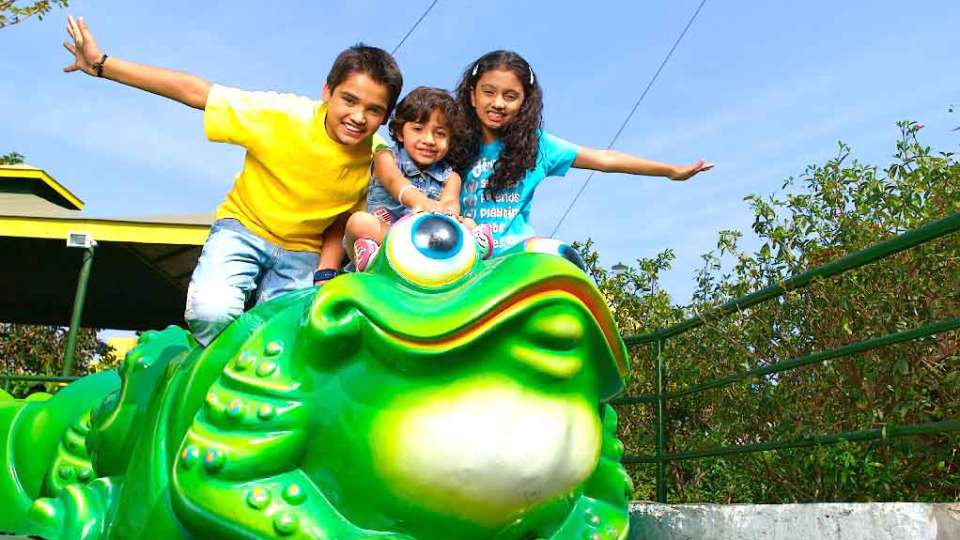 Kids Rides Jumping Frog at  Wonderla Amusement Park Bangalore