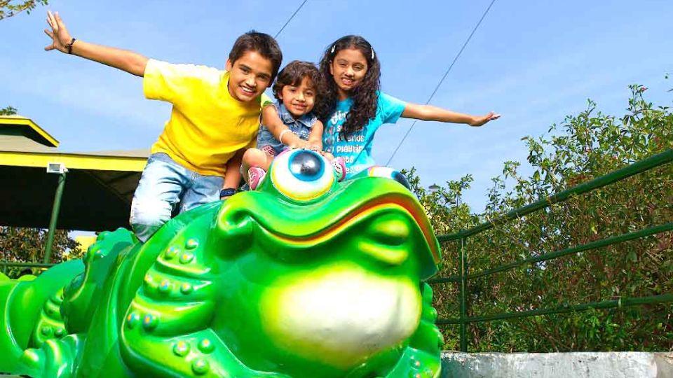 Kids Rides Jumping Frog at  Wonderla Amusement Park Bengaluru