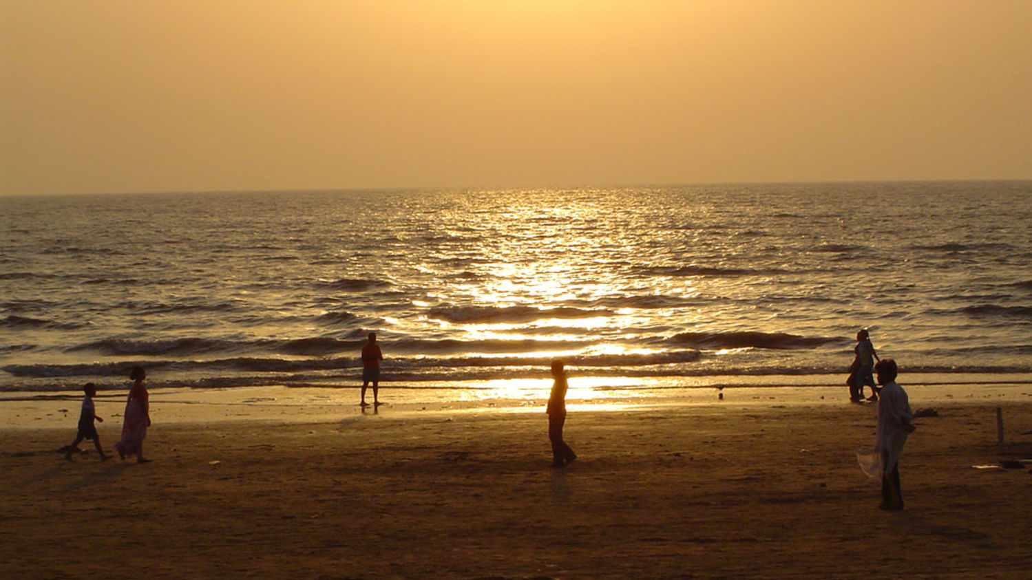 Juhu Beach,Grand Hometel Mumbai, business hotels in mumbai