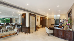 Lobby at La Place Sarovar Portico Lucknow, top lucknow hotels 2