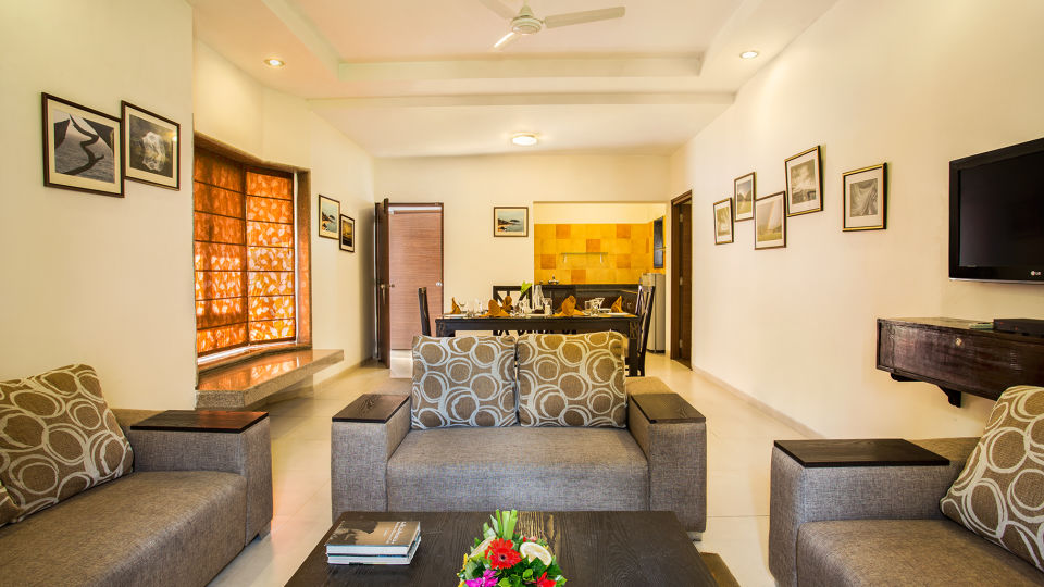 Living Area - Suite