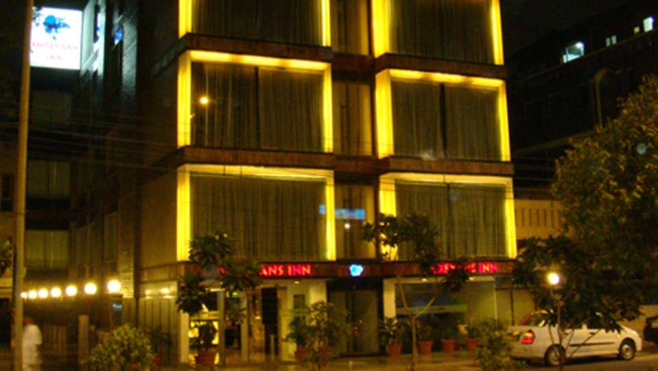 Hotel Shreyans Inn, Safdarjung Enclave, New Delhi Delhi Shreyas Inn Safdarjung Enclave New Delhi Facade 2