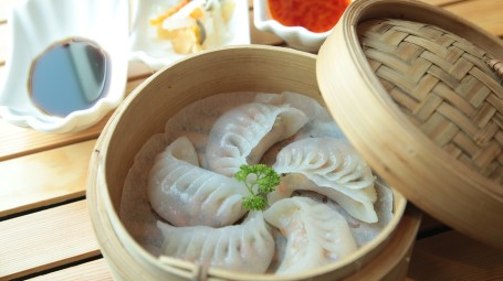 Momos making, Summit Hotels & Resorts, Unique Experiences by Summit