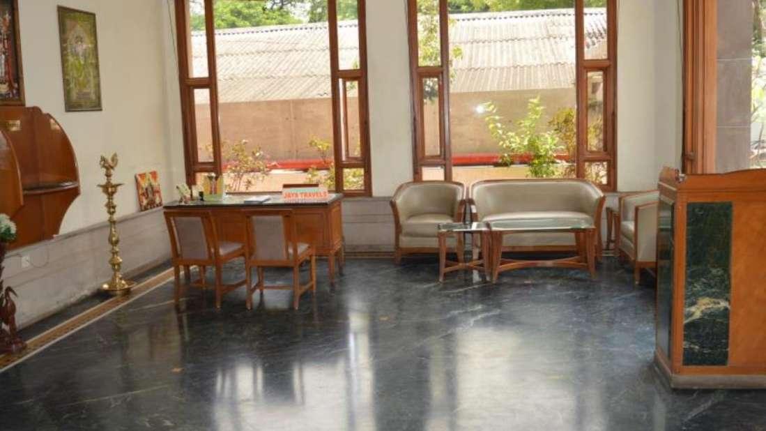 Kalyan Residency Hotel in Tirupati Lobby4