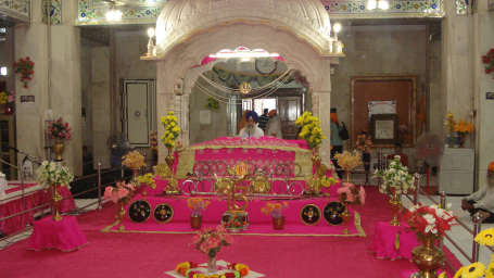 Paonta Sahib Gurudwara Shaheen Bagh Dehradun