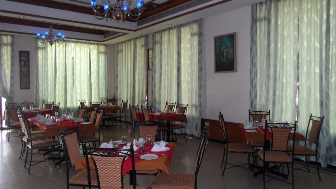 Kalyan Residency Hotel in Tirupati restaruent2