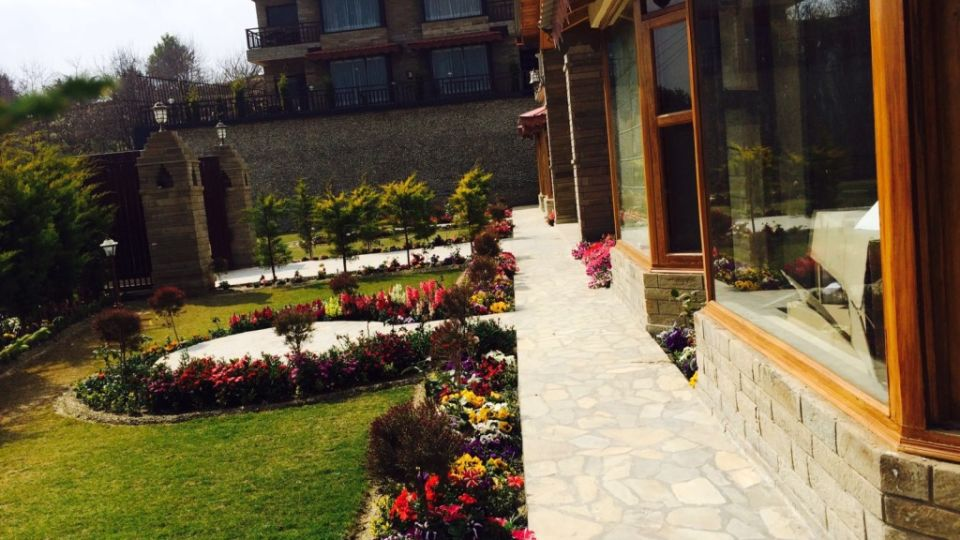 Ojaswi Himalayan Resort, Mukteshwar Nainital Garden Ojaswi Himalayan Resort Mukteshwar 7