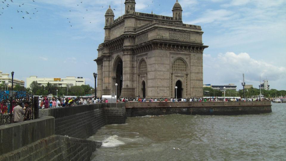 gateway of india, Hotel Residency Sarovar Portico Mumbai