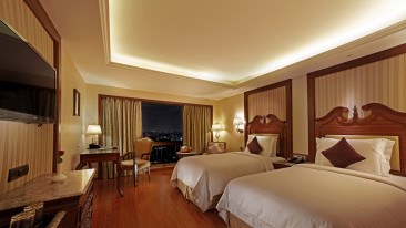 Twin rooms in Hablis, Rooms in Chennai, Business hotel in Guindy, 5 star hotel in Chennai 1