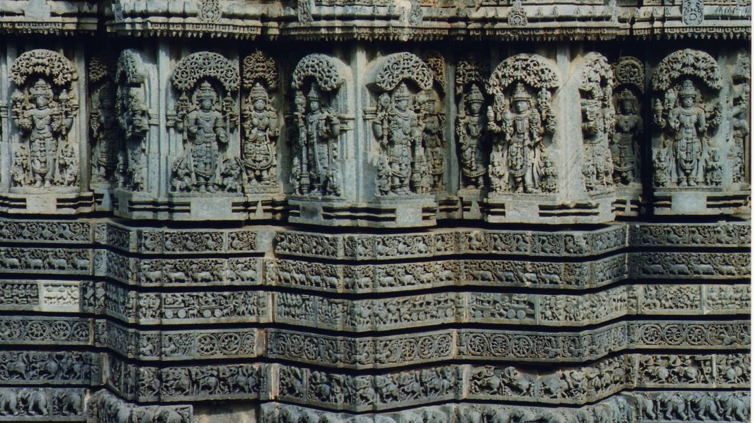Stay Simple Resorts  Wall sculptures and molding frieze in relief in the Chennakeshava temple at Somanathapura