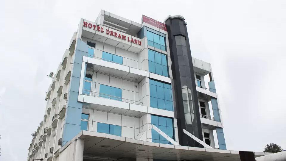 Exterior view of Hotel Dream Land in Haridwar, Hotels in Haridwar