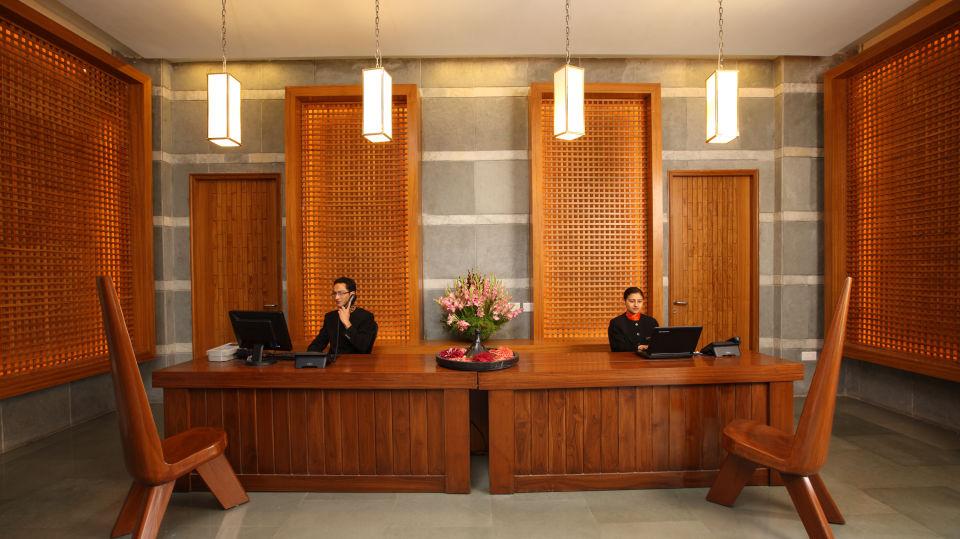 Moksha Himalaya Spa Resort, Chandigarh Chandigarh Reception Lounge Moksha Himalaya Spa Resort Chandigarh 4