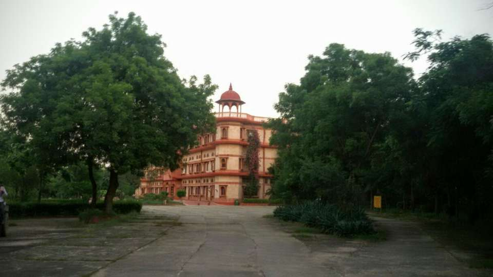 Umaid Lake Palace Dausa  IMG-20140921-WA0006 2