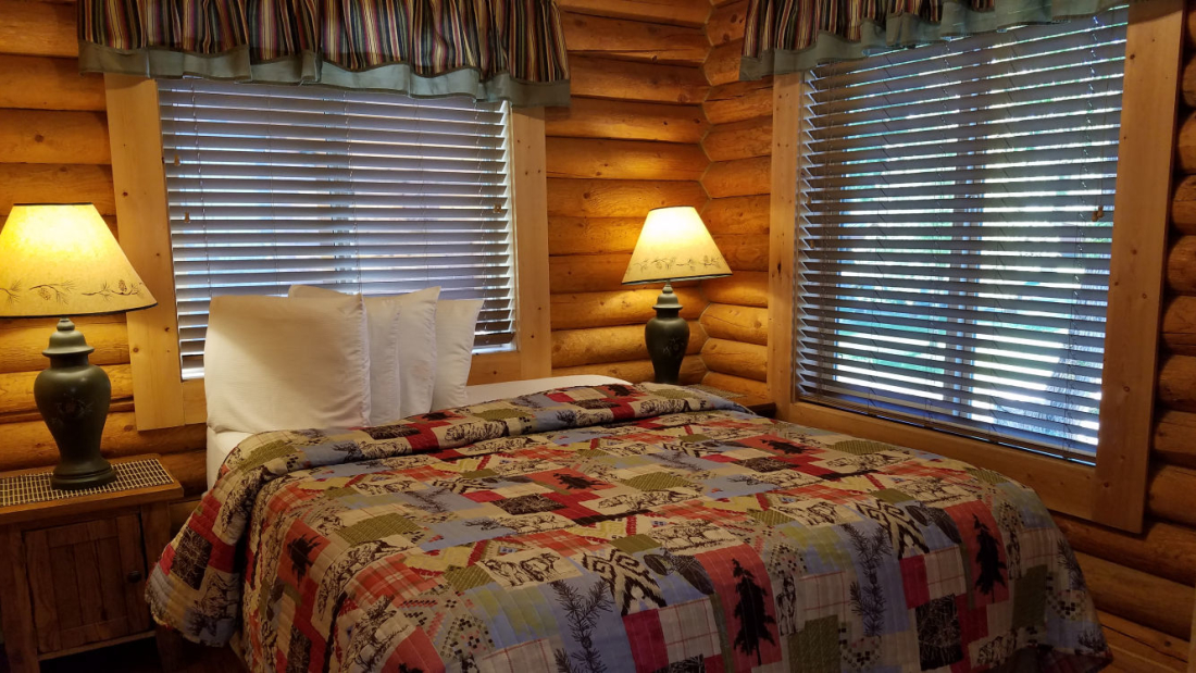 High Country Lodge and Cabins, Colorado, Hotel near Wolf Creek 13